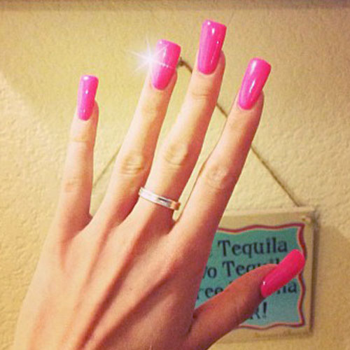 Melissa Marie Green Hot Pink Nails | Steal Her Style