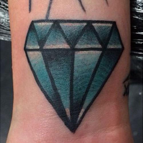melissa-marie-green-diamond-wrist-tattoo