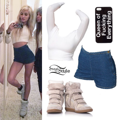 Pia Mia Perez: Denim Shorts, Wedge Sneakers
