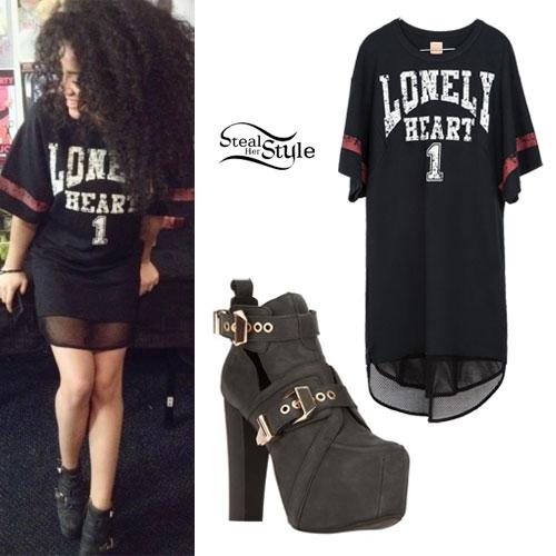 Shereen Cutkelvin: Lonely Heart Jersey, Buckle Boots