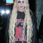 taylor-momsen-hair-long-wavy-4