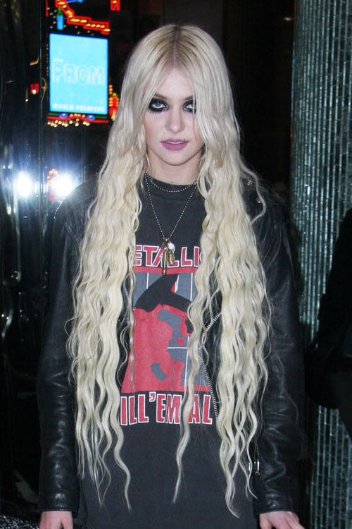 Taylor momsen wavy platinum blonde extensions hairstyle steal taylor momsen wavy platinum blonde extensions hairstyle steal her style pmusecretfo Choice Image