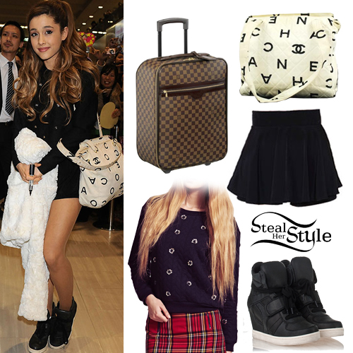 Ariana Grande at the Narita International Airport in Japan, February 2nd, 2014 - photo: ariana-grande.com