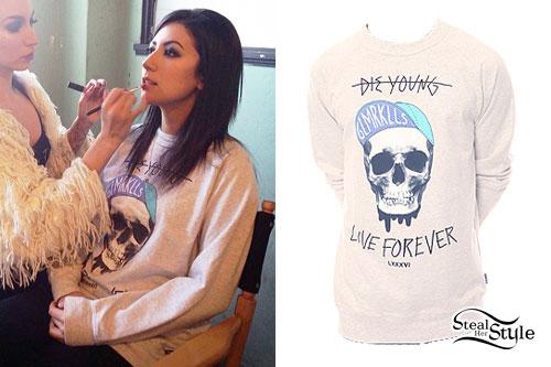Jess Bowen: Skull Sweatshirt