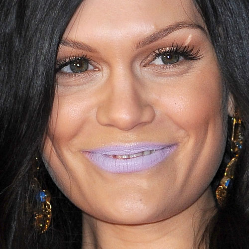 Resultado de imagem para jessie j purple lips