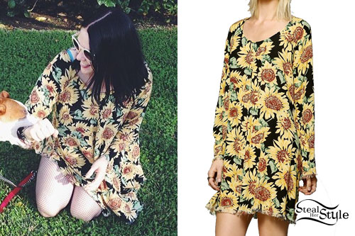 d707e8d35a6e Kate Nash: Sunflower Print Dress | Steal Her Style