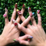 katy-perry-nails-flowers