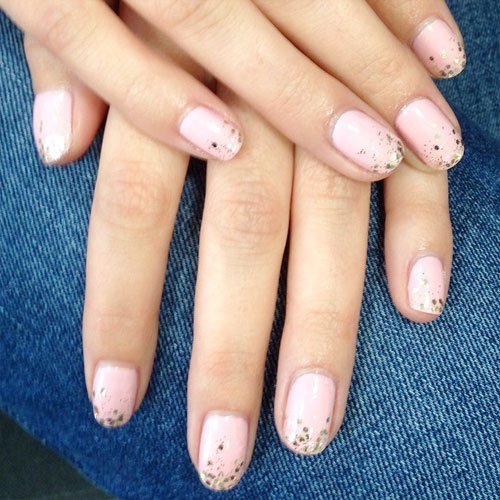 Light Pink Glitter Nail Polish Mollie-king-pink-glitter-nails