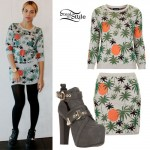 Beyonce: Palm Tree Sweater & Skirt