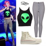 Hayley Williams: Alien Crop Top, Gingham Pants