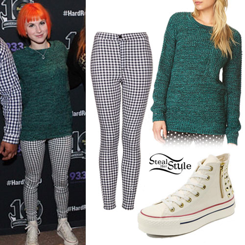 Hayley Williams: Green Marled Sweater Outfit