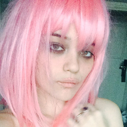 sky ferreira straight pink choppy bangs wig hairstyle. Black Bedroom Furniture Sets. Home Design Ideas