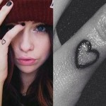acacia-brinley-clark-heart-finger-tattoo