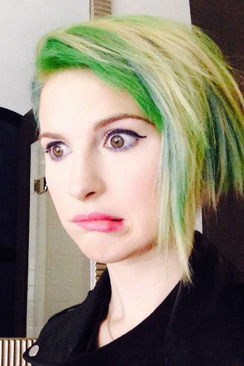 2048 Hayley Williams