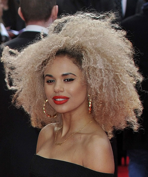 ... Plummer Curly, Teased Platinum Blonde Afro Hairstyle | Steal Her Style