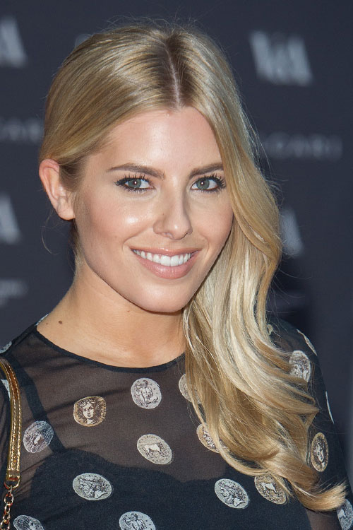 Mollie King S Hairstyles Amp Hair Colors Steal Her Style