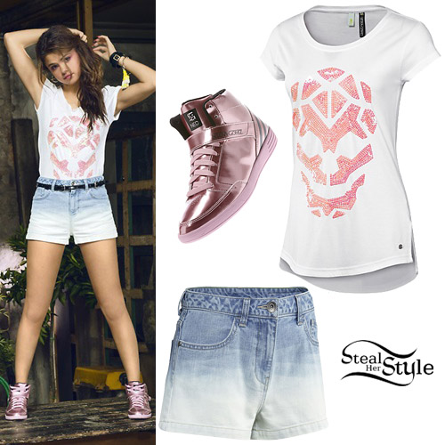 Selena Gomez modeling her Adidas NEO clothing line – photo: selgomez-news