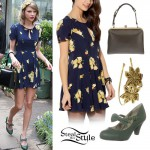 Taylor Swift: Floral Dress, Green Pumps