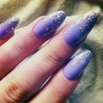 kerli-nails-purple-glitter