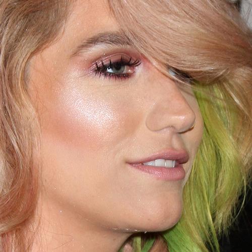 Kesha without makeup