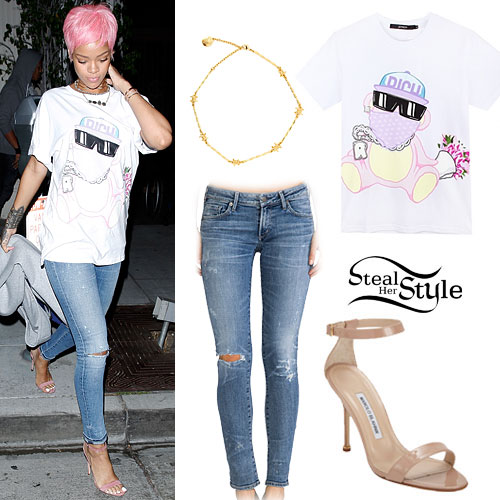 Rihanna: Bear Tee, Barbed Wire Choker