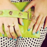 victoria-justice-nails-teal