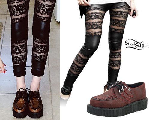 Carah Faye Charnow: Lace Striped Leggings
