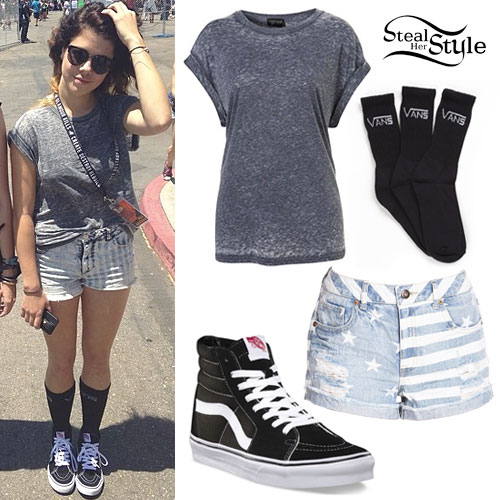 Tay Jardine: Gray Burnout Tee Outfit