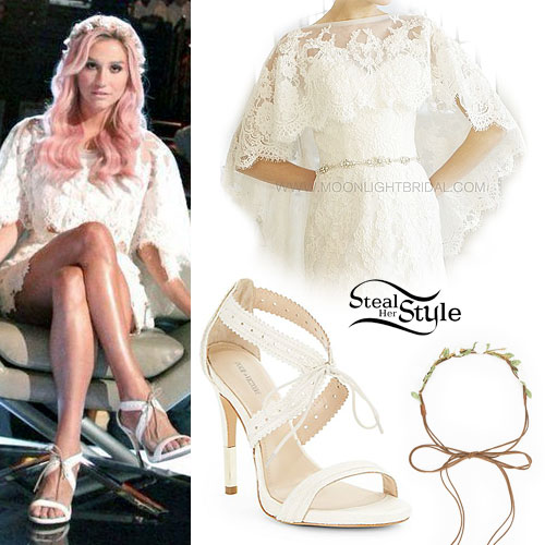 Kesha: Ivory Lace Cape, Tie Sandals