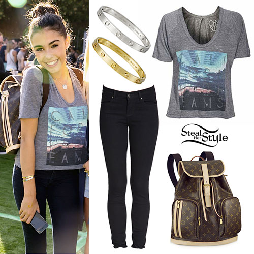 Madison Beer: California Dreams Tee Outfit