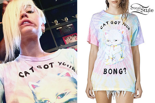 Miley Cyrus: 'Cat Got Your Bong' T-Shirt