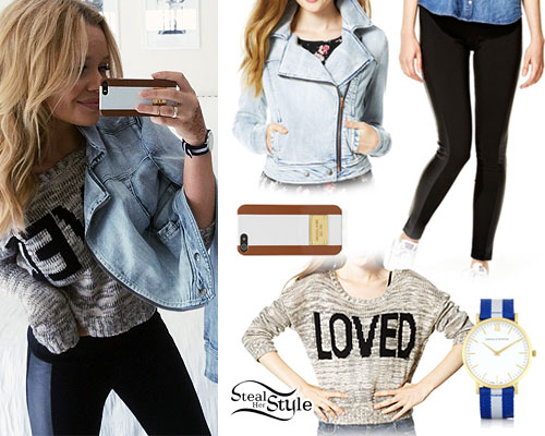 Alli Simpson: 'Loved' Sweater Outfit