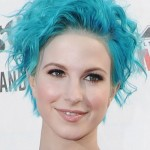 hayley-williams-hair-blue-curly