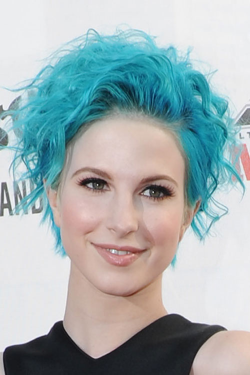 Hayley Williams Curly Blue Hairstyle Steal Her Style