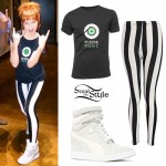 Lindsey Stirling: Stripe Leggings, Wedge Sneakers