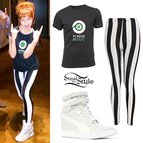 Lindsey Stirling: Stripe Leggings, Wedge Sneakers