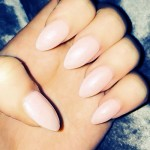 perrie-edwards-nails-light-pink