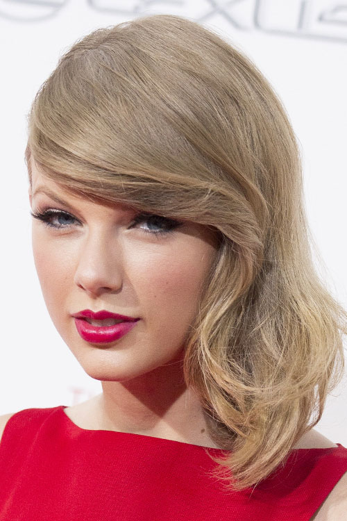 Taylor Swift Straight Ash Blonde Faux Sidecut, Side Part ...
