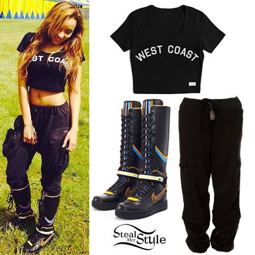 Tinashe: 'West Coast' Tee, Nike Boots