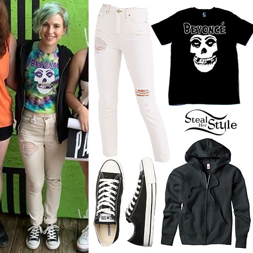 Hayley Williams: Beyoncé Misfits Tee, White Jeans