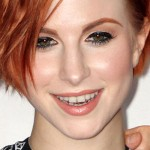 hayley-williams-makeup-black-eyeliner