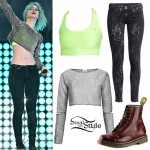 Hayley Williams: Glitter Crop Top, Neon Bra