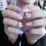 kerli-nails-pink-purple