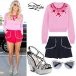 Kesha: Pink Beaded Sweater, Glitter Sandals