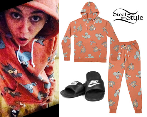 Miley Cyrus: Itchy & Scratchy Sweatsuit
