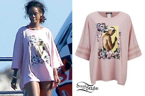 Rihanna: Pink Tupac Oversized T-Shirt