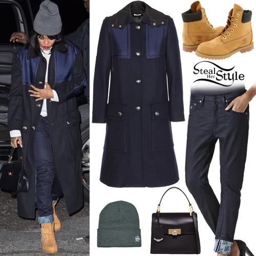 Rihanna arriving at a recording studio in New York. September 22th, 2014 - photo: rihanna-diva