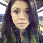 tay-jardine-hair-green-tips
