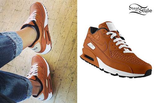 Zendaya: Orange & White Nike Sneakers
