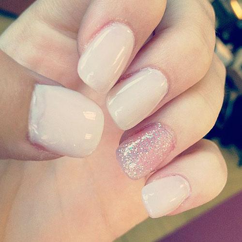 Acacia-brinley-clark-nails